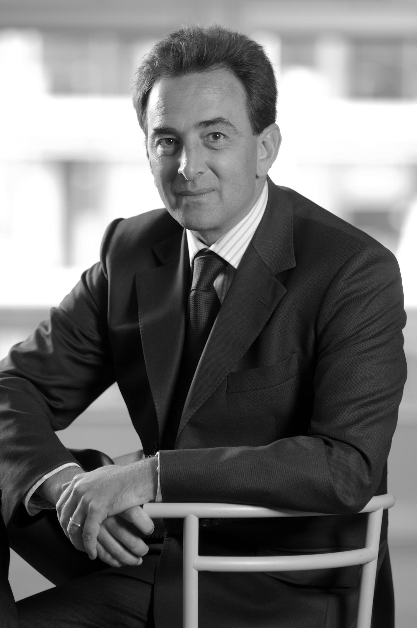 Olivier Neau 08 noir et blanc.jpg