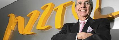 Los accionistas de Jazztel deciden: ¿OPA sí o no?
