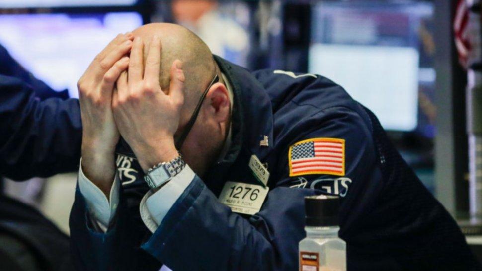 Los futuros de Wall Street caen con fuerza tras confirmar Trump que padece Coronavirus.