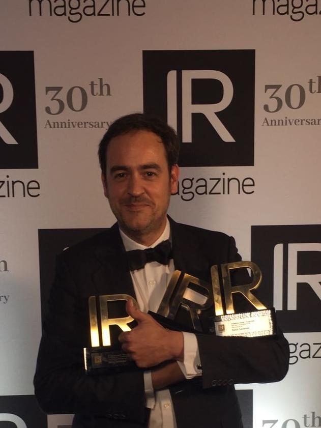 Fernando Donoso recibe premios Banco Santander