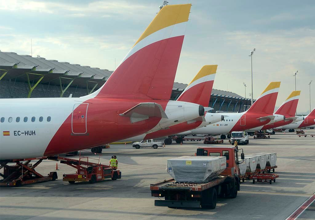 Parking T4 de Barajas hub de Iberia