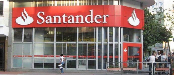 Santander se hace fuerte en México