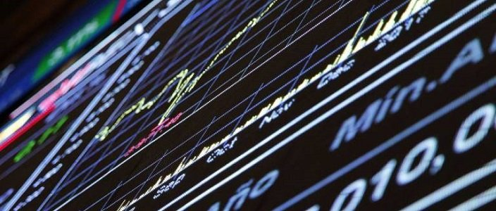 ArcelorMittal y Banco Santander sacan de la atonía al Ibex 35