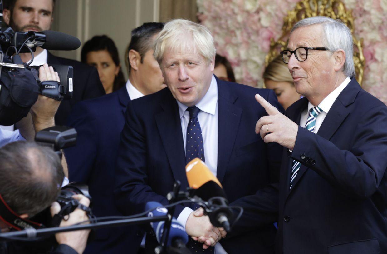 Johnson exige un acuerdo comercial con la UE a finales de 2020 y los mercados corrigen