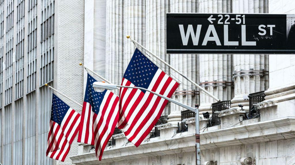 Los futuros de Wall Street bajan a la espera del dato de empleo de agosto