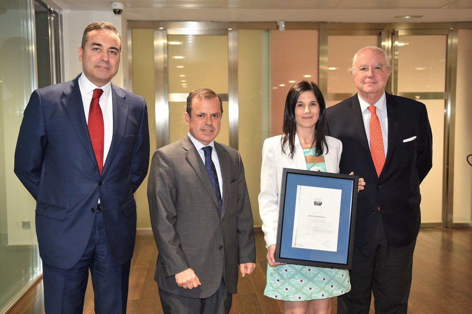Foto certificado Santander