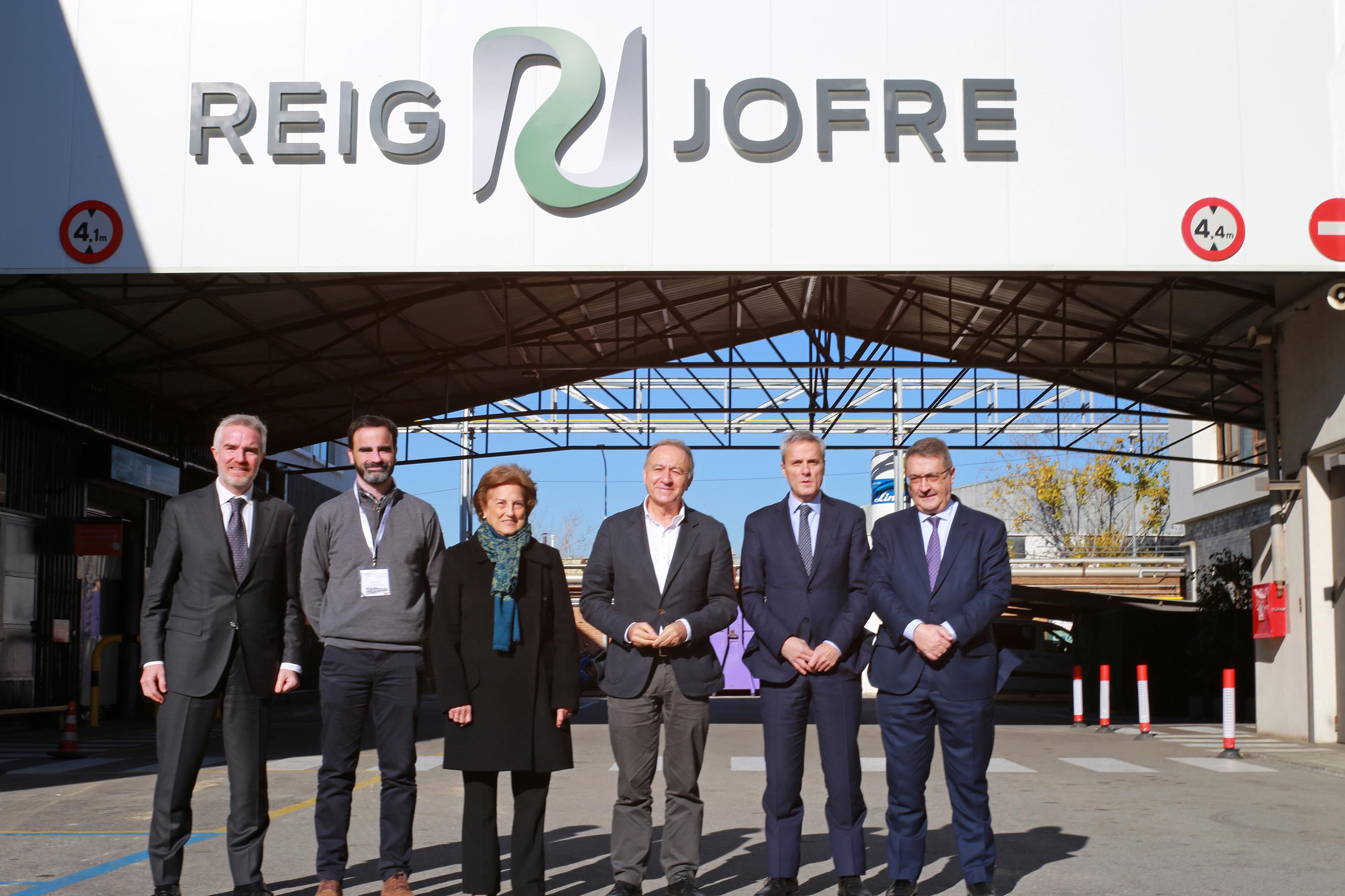 Reig Jofre colocacion primera piedra ampliacion planta barcelona