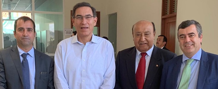firma_contrato_Moquegua_de_Sacyr_en_Peru