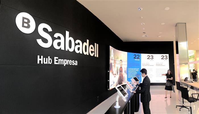 Sabadell lo peor del Ibex 35 sin solución a la vista