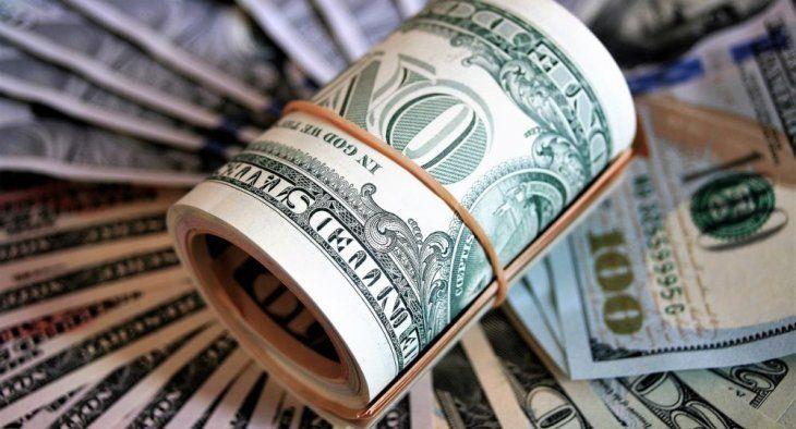El dólar muestra su fortaleza ante la segunda ola del coronavirus