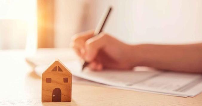 Bankinter reconoció que las hipotecas en yenes eran más baratas pero más volátiles
