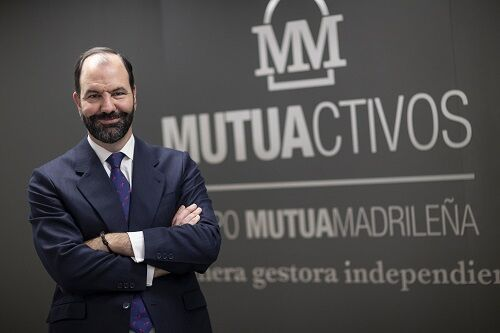 """Ignacio Dolz de Espejo, director de soluciones de inversión de Mutuactivos; """"Cómo invertir en esta etapa de represión financiera"""""""