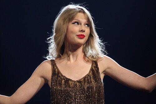 Taylor Swift, artista de la productora Universal Music