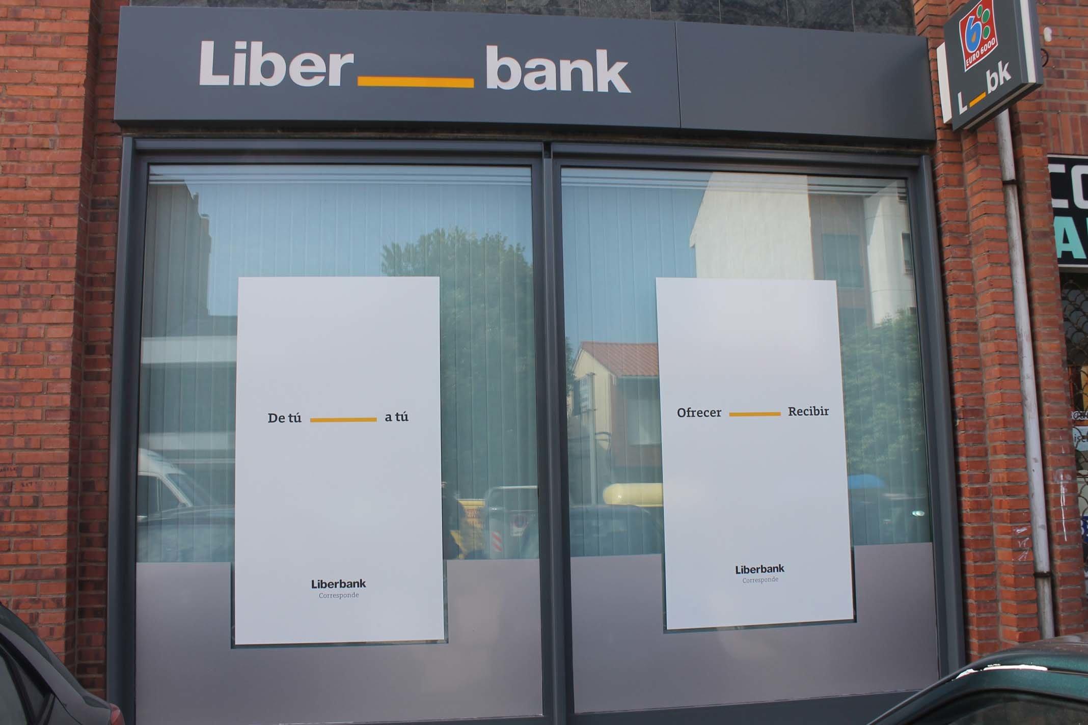 Oficina de Liberbank. La Junta de Accionistas reeligirá a Manuel Menéndez como Presidente.
