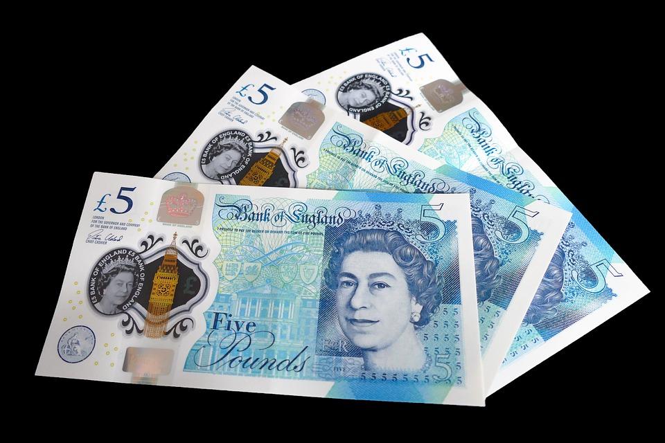 La libra vuelve a niveles normales pero continúa amenazada por el Brexit