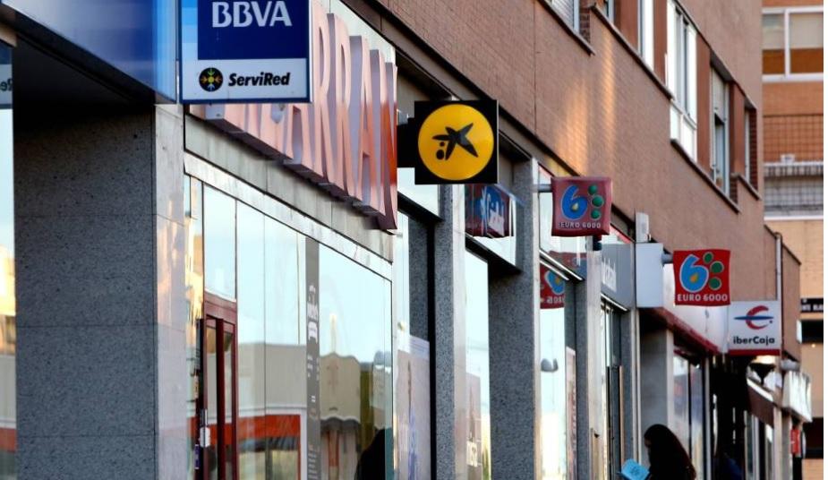 Santander, BBVA, CaixaBank arrastrados por la banca italiana en bolsa