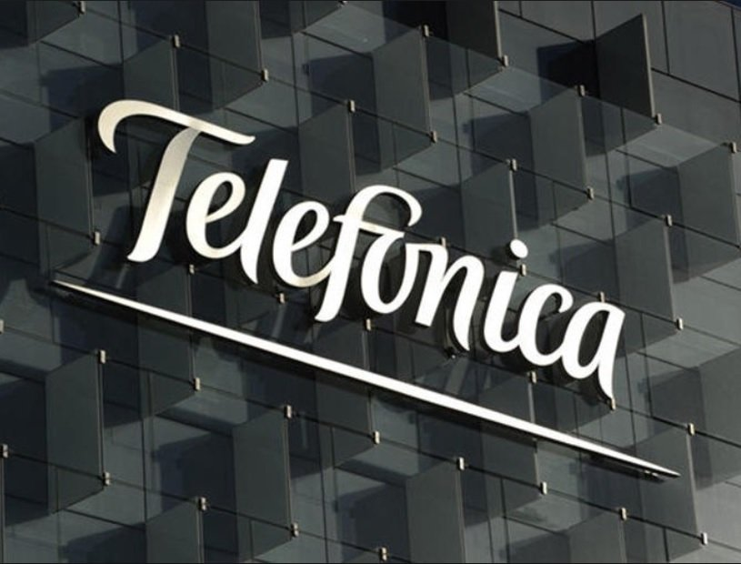 Invertir en acciones de Telefónica a pesar de que la deuda supere capitalización