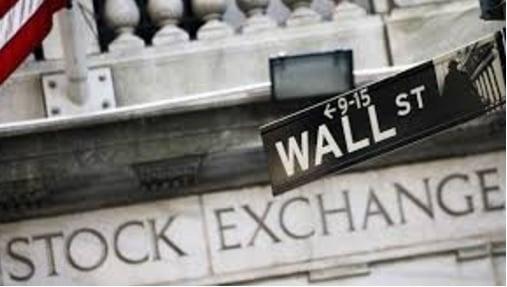 Wall Street anticipa corrección y los inversores esperan los resultados